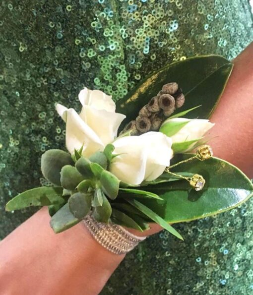 Customised wrist corsages